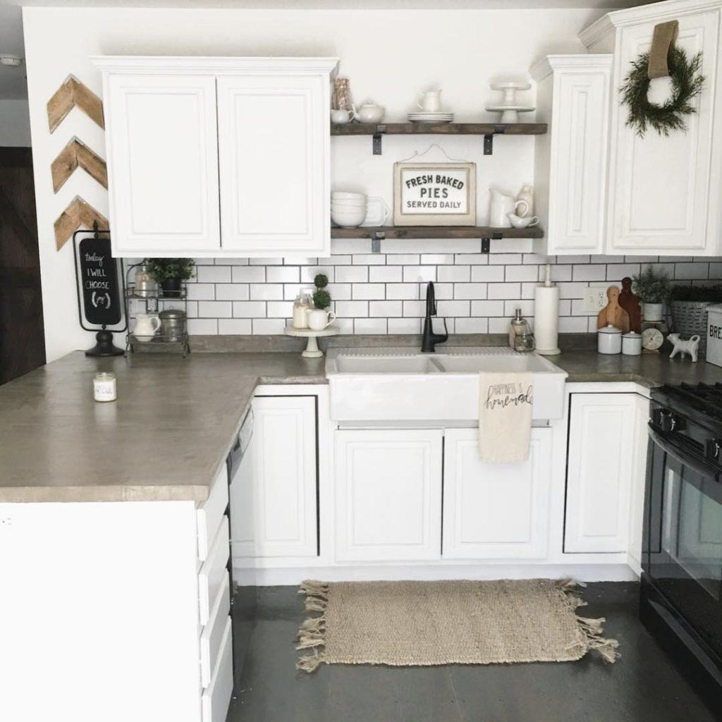Diy Farmhouse Kitchen Shelves